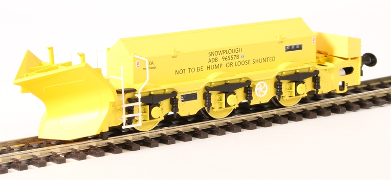 Hattons H4-BH-003 Beilhack snow plough (ex Class 40) ZZA ADB965578 in BR yellow (OO gauge)