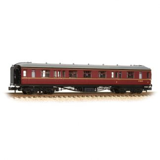 Graham Farish 374-562 Hawksworth Corridor Composite - BR Maroon (N gauge)