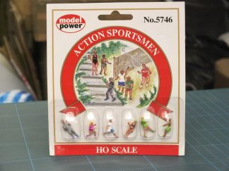 Model Power 5746 Action Sportsmen (HO/OO scale 6 figures)