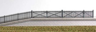 Ratio 246 Black Spear Fencing and Gates (N gauge plastic kit)